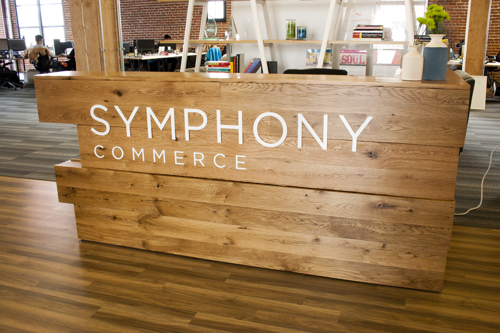 Reclaimed Oak Reception Desk Symphony 01
